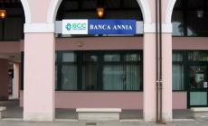 Banca Annia, assalto al bancomat con esplosivo