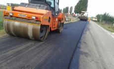 Strade asfaltate e presto una nuova piazza