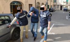 Razzie e terrore in villa: scattano gli arresti