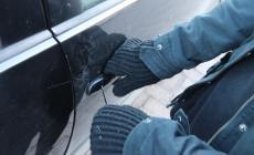 Raffica di veicoli rubati per commerciarli in Libia