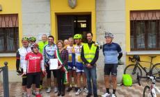 Ciclisti in municipio per chiedere la chiusura dell'argine