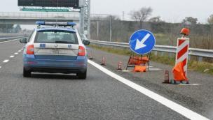 Schianto in autostrada, A13 chiusa in direzione sud