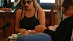 """La """"Pupa"""" Francesca Cipriani sfila in tribunale"""