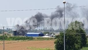 Schianto e fiamme in autostrada:  c'è una vittima