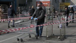 Supermercati e centri commerciali aperti anche la domenica