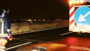 Voragine in Transpolesana tante le auto danneggiate