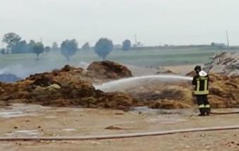 Distretti dalle fiamme oltre 1500 quintali di fieno