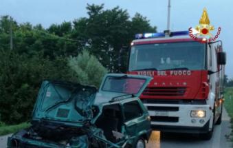 Si schianta contro un furgone, morto calciatore dei Candiana
