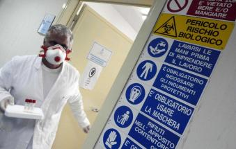 Il virus uccide ancora, muore una donna di 85 anni