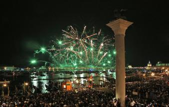 Fuochi polesani illuminano la Festa del Redentore
