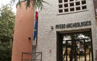 Chiuso museo archeologico e salta il carnevale al Porto