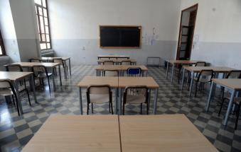 Il piano per la scuola: nessun bocciato, esami facilitati