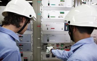 Attenzione, lavori urgenti alla linea elettrica: elettricità interrotta per 4 ore