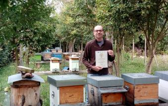 Addio Enrico, giovane apicoltore, custode della natura