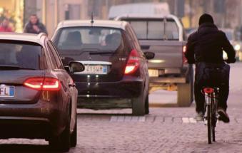 Smog alle stelle, presto il blocco delle auto inquinanti