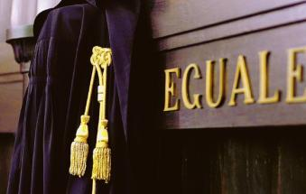 Morto nel rogo sul lavoro a 39 anni: condannati in due