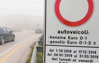 """""""Contro lo smog non basta fermare il traffico"""": Legambiente all'attaco"""