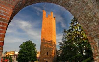 Si torna i cima alla Torre: da domani sera si sale!