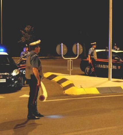 Posti di blocco: arrestati due latitanti e denunciato un clandestino