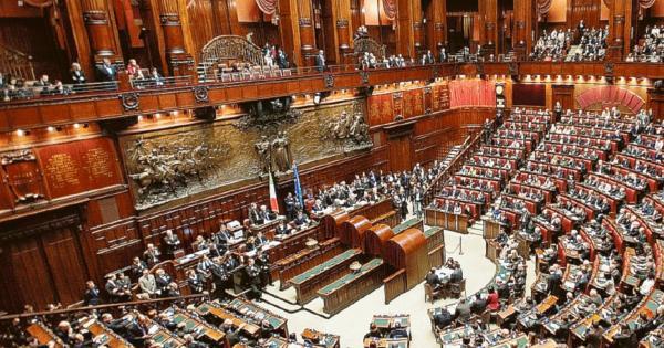 Taglio ai seggi il polesine rischia la voce di rovigo for Numero membri camera dei deputati