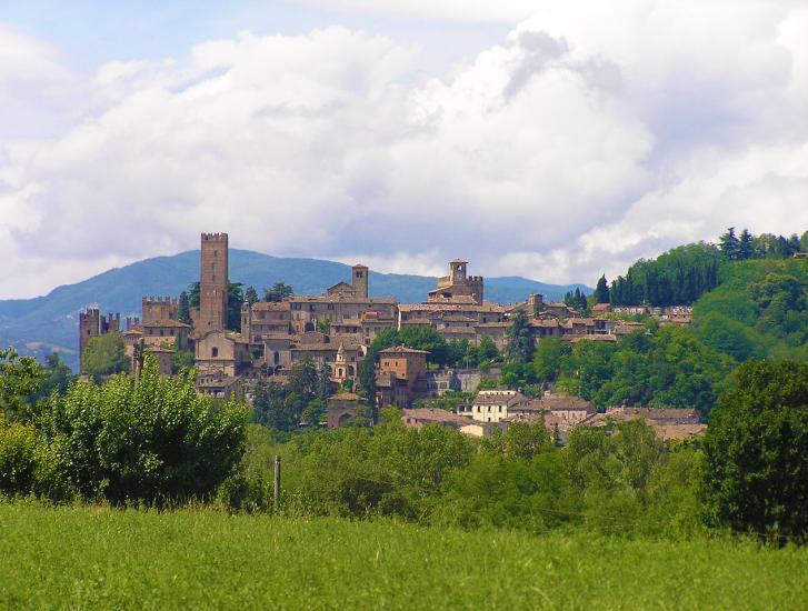 Primo maggio sui colli piacentini: visita a Castell'Arquato
