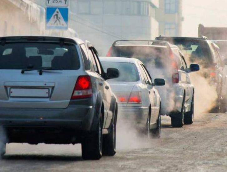 Blocco delle auto diesel Euro 3 per combattere lo smog. Favorevoli o contrari?