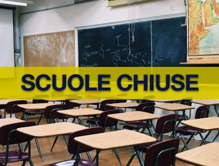 """""""Tornare in classe si può: con classi sdoppiate e più insegnanti"""""""