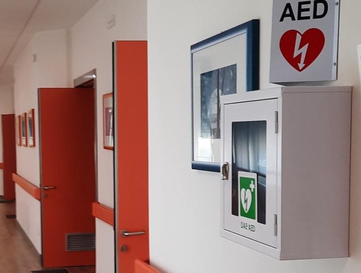 Un defibrillatore per la Casa del Vento Rosa