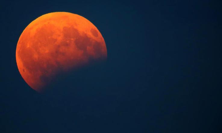 36af8e435d È la notte dell'eclissi di luna da record - La Voce di Rovigo