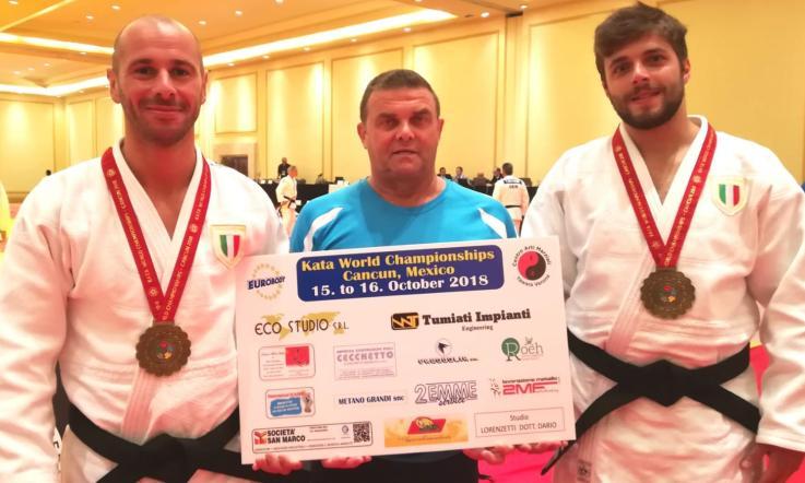 Acquista judo men women taekwondo primavera estate a maniche