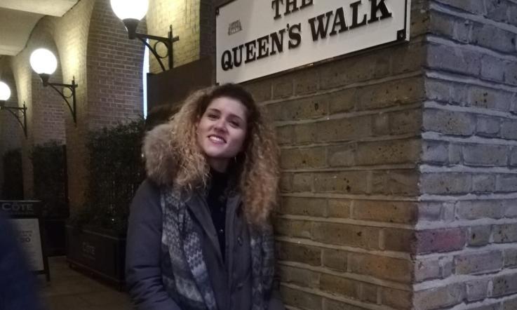 Anna  a Londra e81fc547d9d