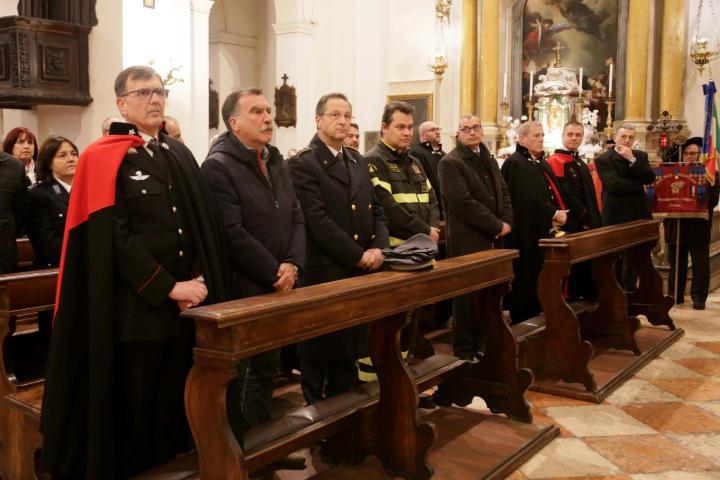 Virgo Fidelis Arma In Festa Foto 1 Di 17 La Voce Di Rovigo